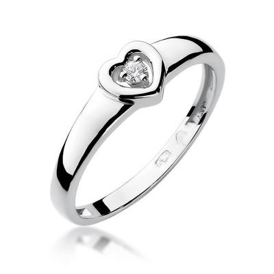 Pierścionek z brylantem w sercu białe złoto