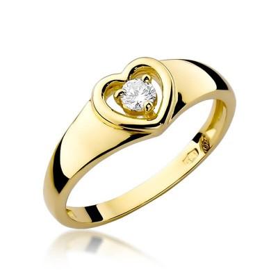 Pierścionek z brylantem w sercu zaręczynowy