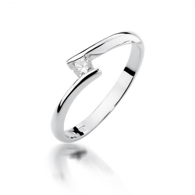 Czarujący pierścionek z brylantem białe złoto