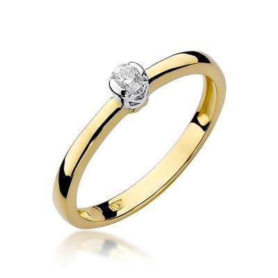 Pierścionek z diamentem dla ukochanej