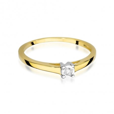 Pierścionek złoty z brylantami.