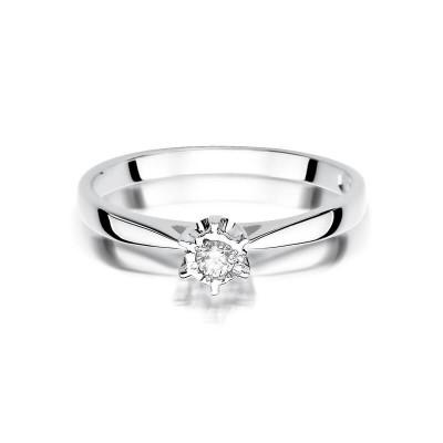 Zaręczynowy pierścionek z brylantem