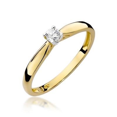 Złoty pierścionek zaręczynowy. Brylant