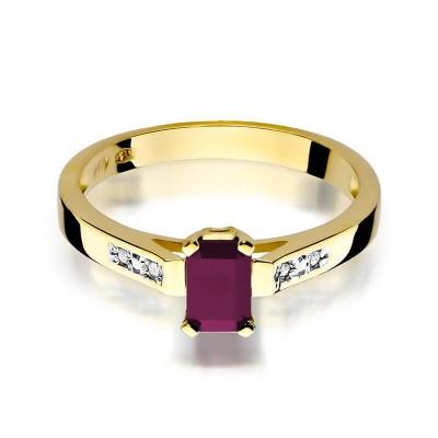 Złoty pierścionek z dużym rubinem