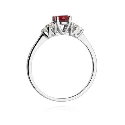 Pierścionek z rubinem-prezent dla żony