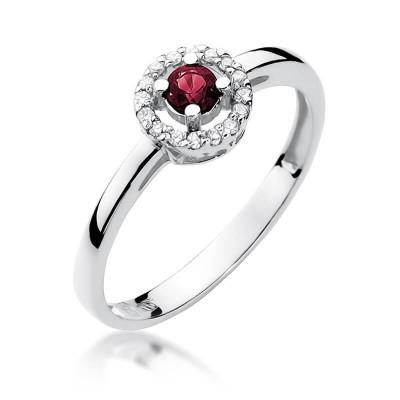Oczko rubinowe pierścionek z białego złota