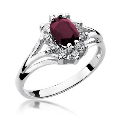 Pierścionek z diamentami i dużym rubinem